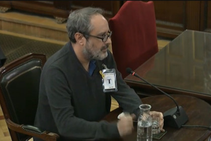 The former far-left CUP MP Antonio Baños, testifying in court during the independence trial