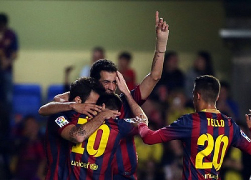 Barça players celebrating Messi's goal against Villarreal (by FC Barcelona)