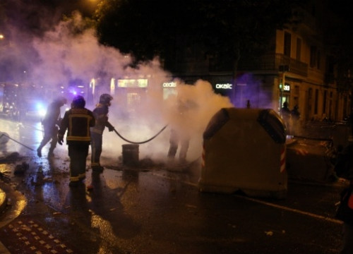 Riots continued on Wednesday evening in Barcelona (by P. Solà)