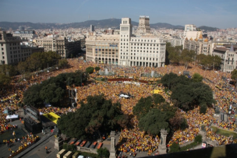 An image from Sunday's demonstration in Barcelona's Catalunya Square (by N. Julià)