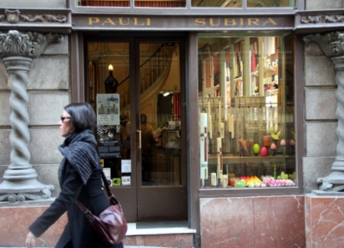 Subirà's candle shop in Barcelona's Gothic Quarter (by B. Fuentes)