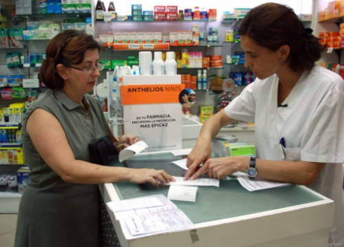 A chemist in Catalonia (by ACN)