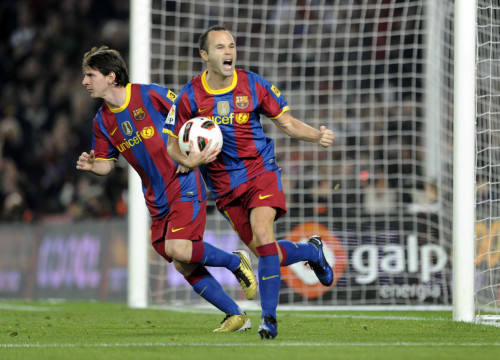 Messi and Iniesta in the last match against Valencia (by FC Barcelona)