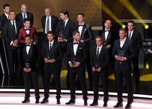 There were 4 Barça players among the 11 FIFPro World XI 2013 (by FC Barcelona)