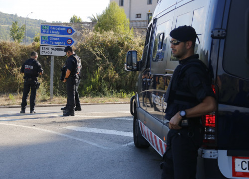 Catalan police in Subirats, near Barcelona, where the van driver was gunned down (by ACN)