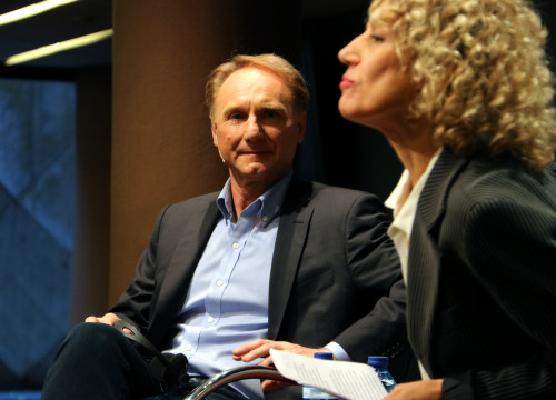 Novelist Dan Brown at a press conference in Barcelona on 17 October (by ACN)
