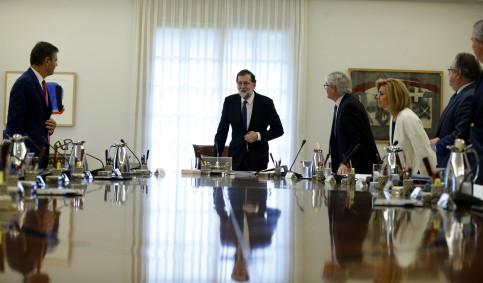 Spanish president Mariano Rajoy meeting with officials to discuss fate of Catalonia (by ACN)