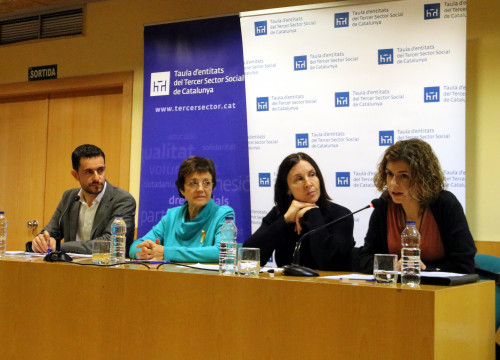 'La Taula del Tercer Sector' speaking in November about energy poverty (by ACN)