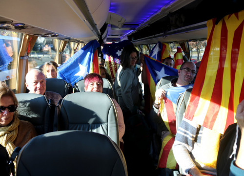 Passengers on one of the buses heading from Catalonia to Brussels for Thursday's demonstration (by ACN)