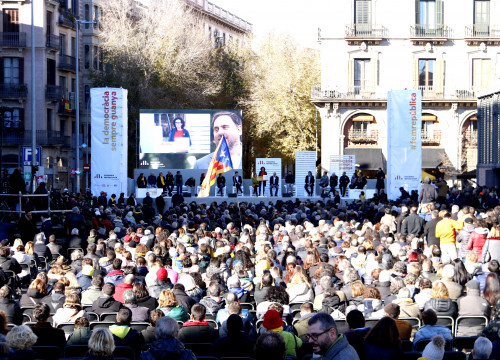 The ERC campaign event in heart of Barcelona, where imprisoned leader made surprise audio appearance (by ACN)
