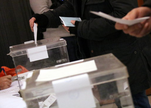A ballot box in Catalonia during the December 21 election (by Núria Julià)
