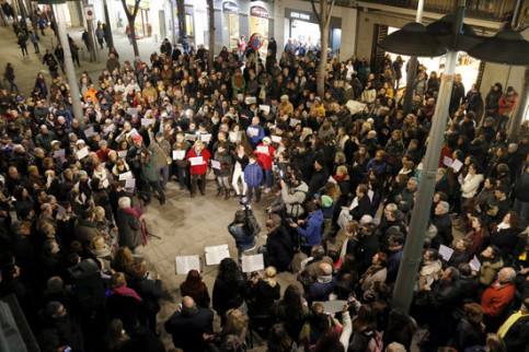 Demonstration in Mataró to reject gender violence on January 11 (by Jordi Pujolar)