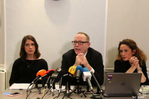 Lawyers Jessica Jones, Ben Emmerson and Rachel Lindon at a press conference in London on February 1 (by Pol Solà)