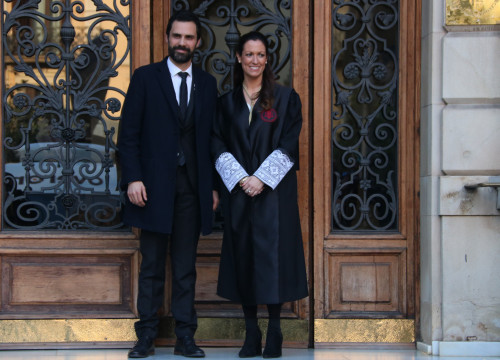 Catalan parliament speaker Roger Torrent with the dean of ICAB, Maria Eugènia Gay on February 23 2018 (by Maria Belmez)