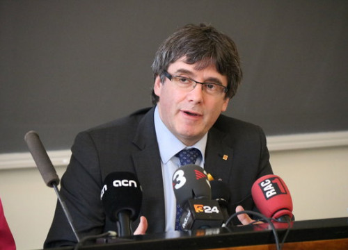 Carles Puigdemont at a press conference in Finland (by ACN)