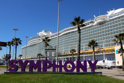 The Symphony of the Sea at Barcelona Port (by ACN)