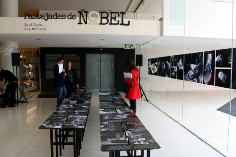 The exhibition 'Passejades de Nobel' of Kim Manresa and Xavi Ayén at the Caixaforum in Barcelona on April 16 2018 (by Pere Francesch)