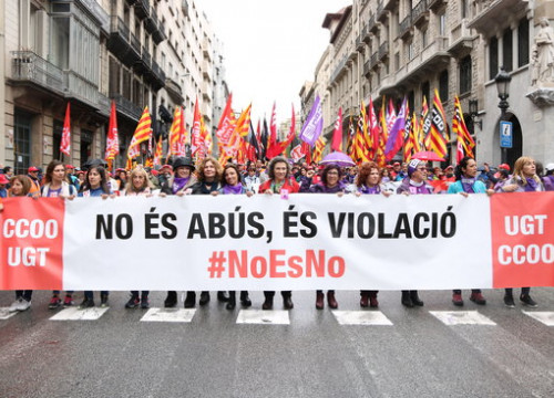 Banner reading 'It is not abuse, it is rape' during the main 2018 Workers' Day demonstration in Barcelona (by Andrea Zamorano)