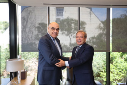 Former Abertis chairman Salvador Alemany (left) and newly appointed chairman Marcelino Fernández Verdes (right) in a photo released on May 18 2018 (courtesy of Abertis)