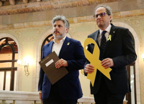 Catalan president Quim Torra (right) and JxCat MP Albert Batet (by Laura Batlle)