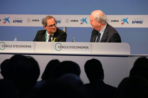 Quim Torra next to the president of the Cercle d'Economia Juan José Brugera on Thursday (by ACN)