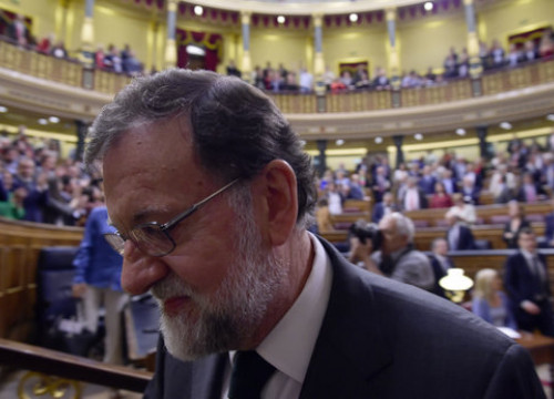 Mariano Rajoy, leaving the Spanish congress (by ACN)