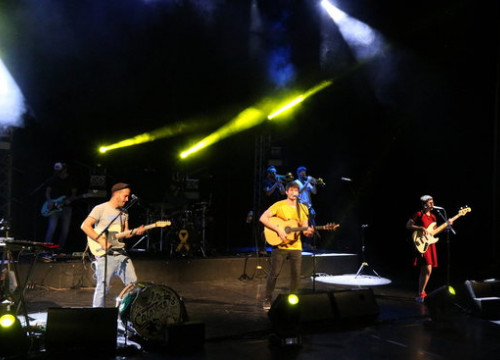 The band Els Catarres performs at Festivalot in Girona on June 3 2018 (by Gerard Vilà)