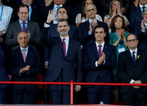 Spanish king Felipe VI, Spanish president Pedro Sánchez and Catalan president Quim Torra during the Mediterranean Games inauguration (by ACN)