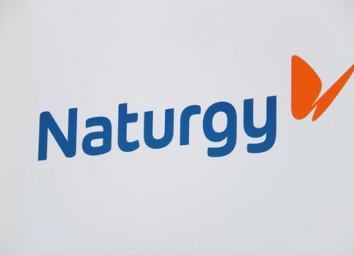 The new logo of Naturgy in a screen during a stakeholders meeting in Madrid on June 27, 2018 (by Andrea Zamorano)