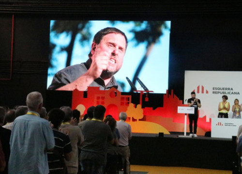 Image of jailed Oriol Junqueras in a screen during an ERC party meeting in June 2018 (by Bernat Vilaró)