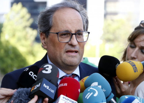 Catalan president Quim Torra speaks to the press on July 19 2018 (by Laura Fíguls)