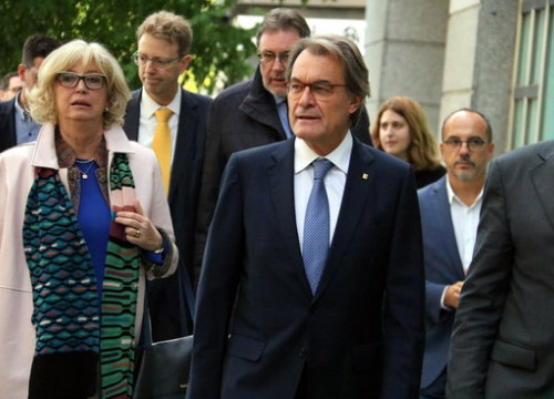 Former Catalan president Artur Mas arrives in court (by ACN)
