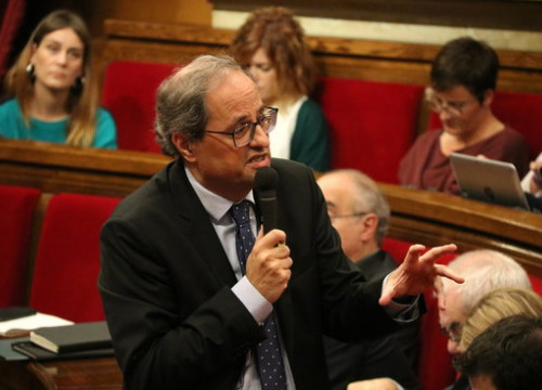 Catalan president Quim Torra speaking in Parliament (by Núria Julià, ACN)