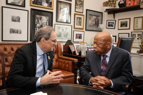 The Catalan president, Quim Torra, during his meeting with US congresman John Lewis (by Rubén Moreno)