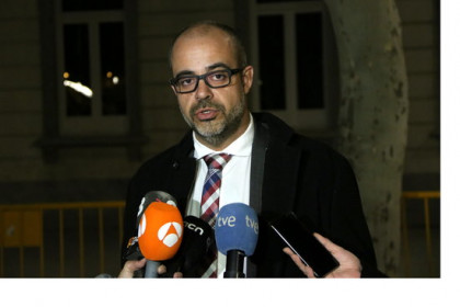 The Catalan home affairs minister, Miquel Buch, on March 5, 2019 outside Spain's Supreme Court (by Andrea Zamorano)