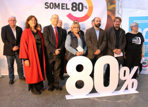 Signatories of the pro-referendum Som el 80% manifesto, including Òmnium president Marcel Mauri and former MP Xavier Domènech
