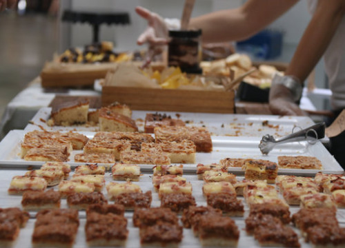 Cakes and treats on offer at the Barcelona Gluten Free Fair. (Photo: Mariona Puig)