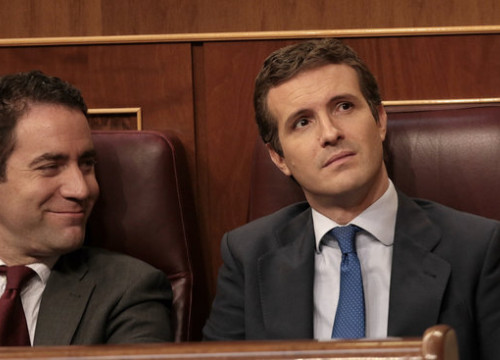 Image of People's Party head Pablo Casado (right) in Spain's congress, on July 22, 2019 (by Juan Carlos Rojas)