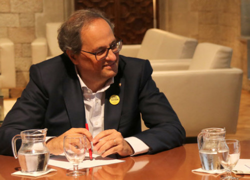 Catalan president Quim Torra during a meeting with the foreign minister Alfred Bosch. (Photo: Guifré Jordan)