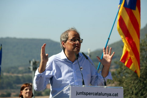 Catalan president Quim Torra at the entrance of the Lledoners prison in Catalonia (by ACN)