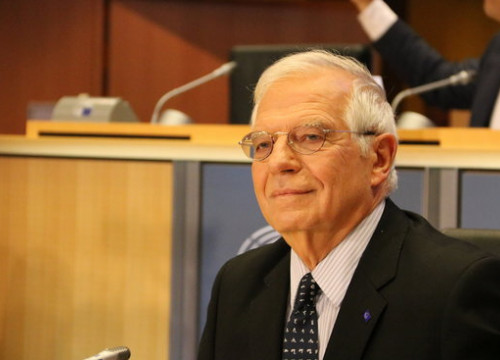Spain's foreign affairs minister Josep Borrell at the European Parliament (by Laura Pous)