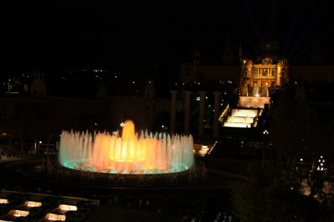 The 'Magic' Montjüic Fountain in Barcelona, which this Friday November 24 will light up in yellow in support of the imprisoned Catalan leaders (by
