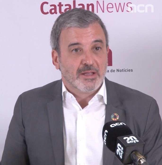 Jaume Collboni reacts to the Socialists' pick for speakers of the congress and senate