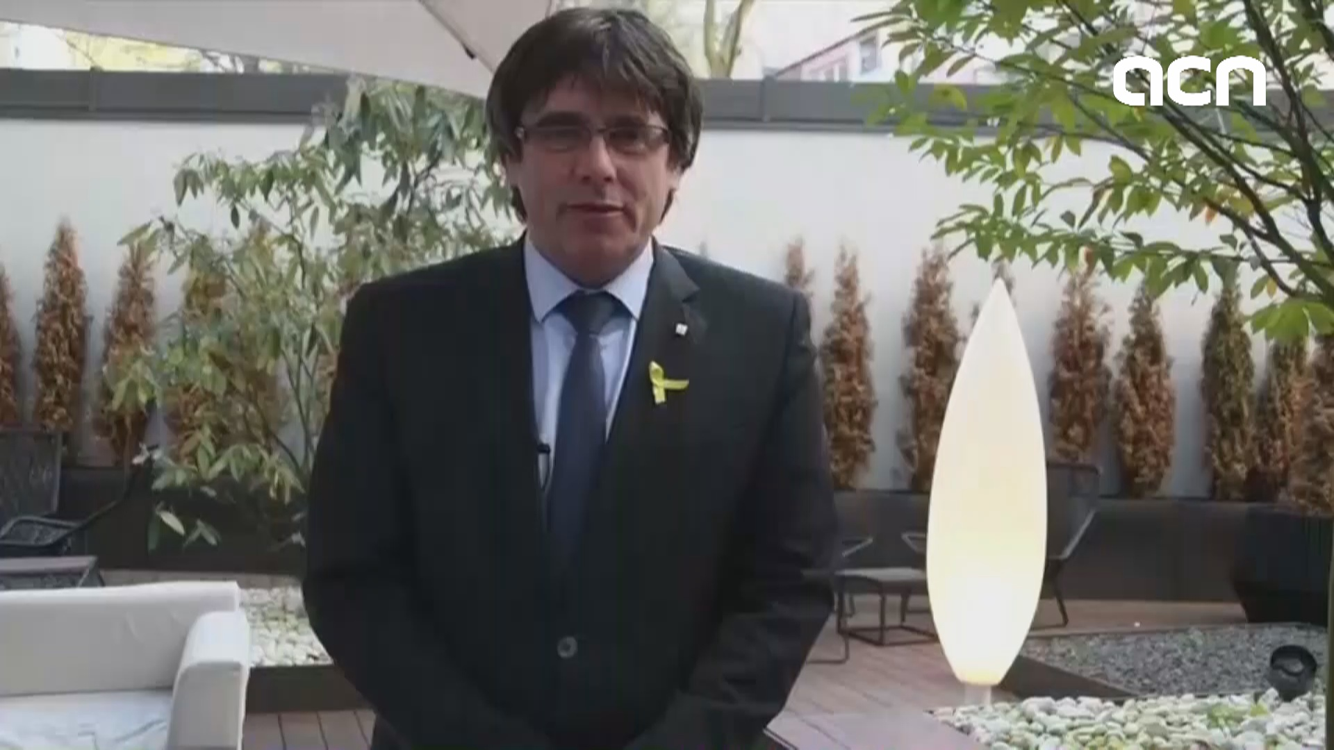 Politicians give their opinion on Sant Jordi this year