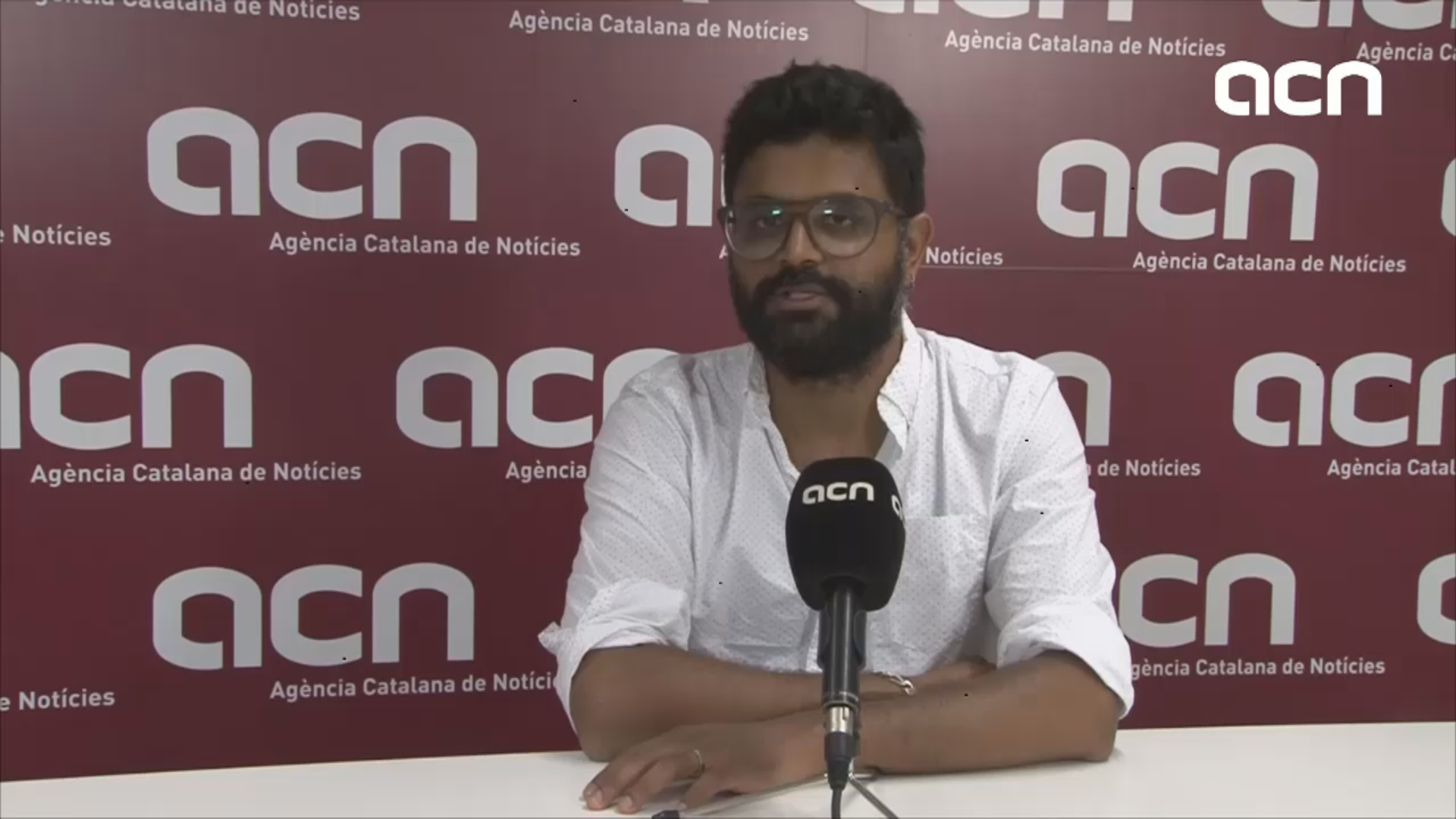 Kartik Raj speaks to the Catalan News Agency