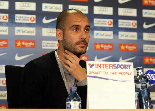 Pep Guardiola during the press conference on the game against Sevilla (by FCB)