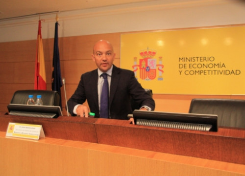 Jaime Garcia Legaz presenting the report (by X. Vallbona)