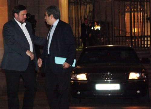 Oriol Junqueras (left) and Francesc Homs, Artur Mas' right-hand man, on Tuesday evening (by A. Moldes)