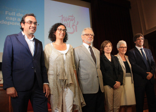 Pro-independence unitary list 'Junts Pel Sí' presented its roadmap towards independence