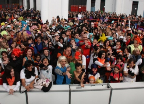 More than 300 people dressed up as Dragon Ball characters (by P. Francesch)